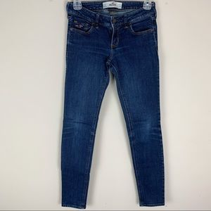 Hollister Dark Wash Skinny Jeans Size 1 Short